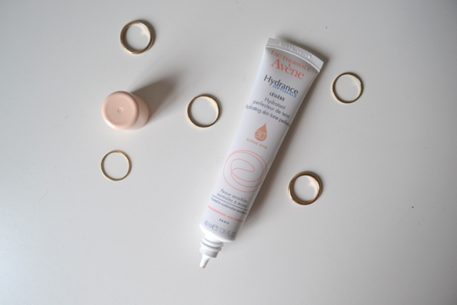 Avene Hydrating Skin Tone Perfector Light