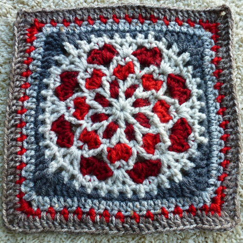 Velvet and Lace Square - Free Pattern