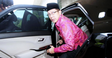 Visa Haji Indonesia Berantakan, Menag Lukman Minta Maaf