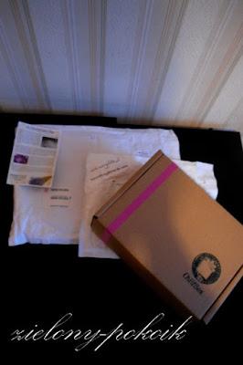 Poniedziałkowo-wtorkowe przesyłki: Mój pierwszy ChillBox, Mydlarnia marsylskie.pl, lakiery od Kasi