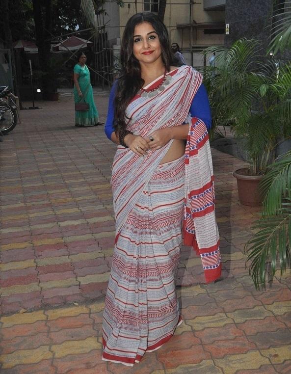 Indian Actress Vidya Balan Hip Stills In Red Saree