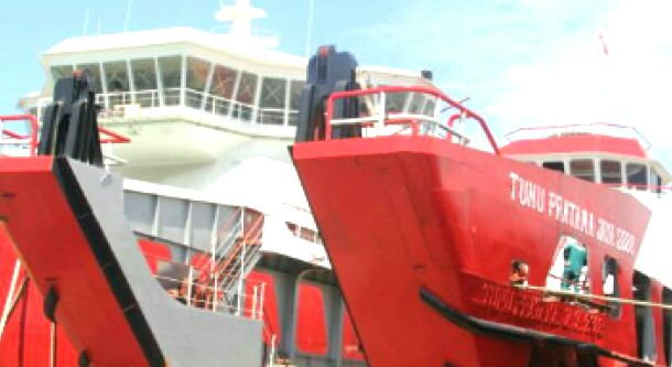 Garuda Indonesia Dan KMP.Tunu Pratama Jaya, Siap Layani Masyarakat Selayar