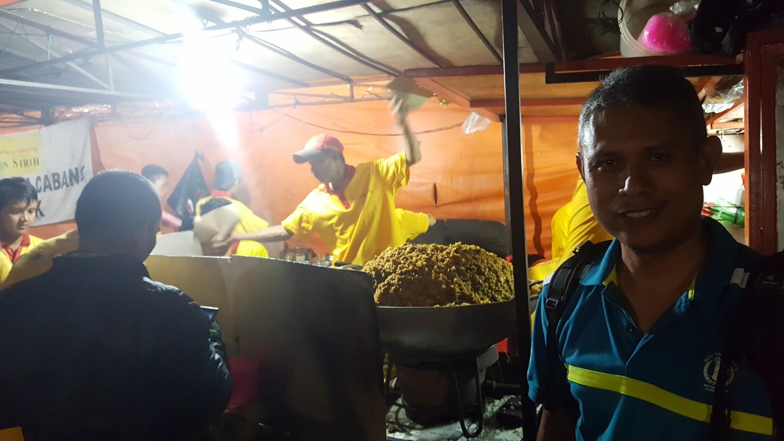 Timbunan Nasi Goreng Daging Kambing
