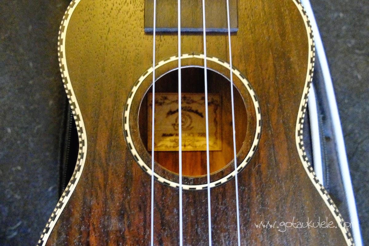 Snail UKS-220 Rosewood Soprano ukulele sound hole
