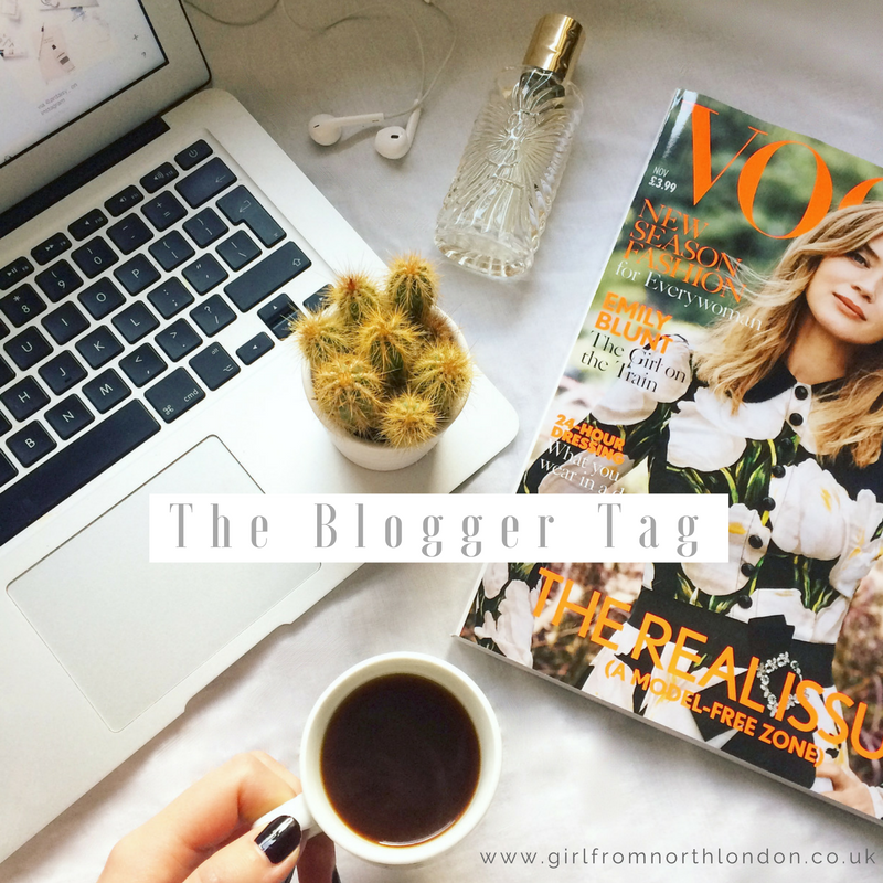 The Blogger Tag, flat lay, fashion blogger