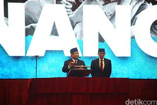 Prabowo-Sandiaga di panggung Indonesia Menang. - Foto: detikcom