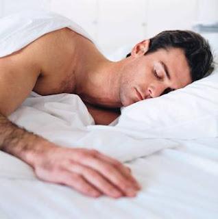 نصيحه للتخلص الأرق man_sleeping_002.jpg