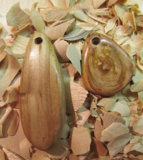 деревянные брелоки
