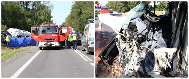 Tragiczny wypadek. Kierowca busa poniósł śmierć na miejscu,a 16 osób zostało przewiezionych do szpitali