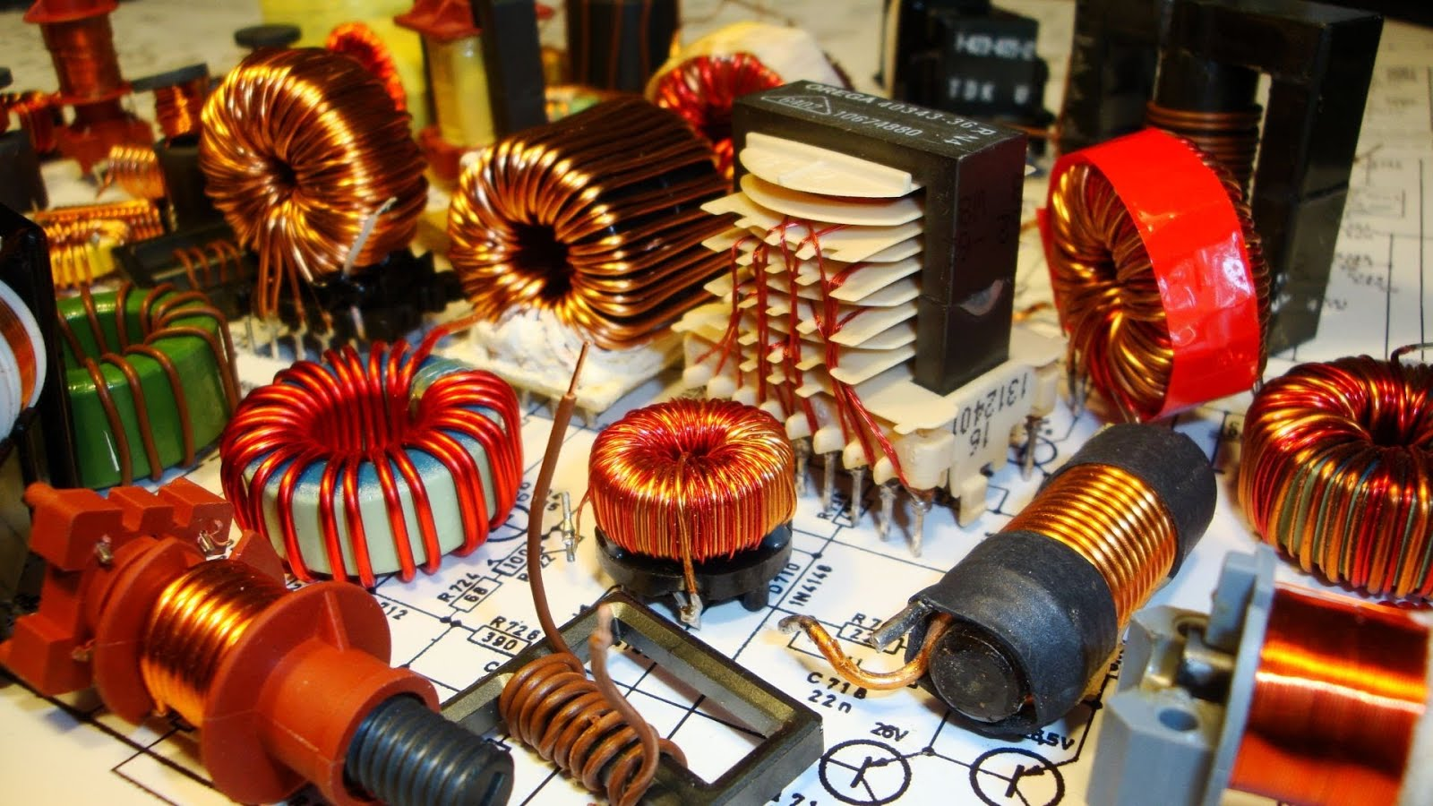 SMPS: Basics & Working of Switched Mode Power Supply