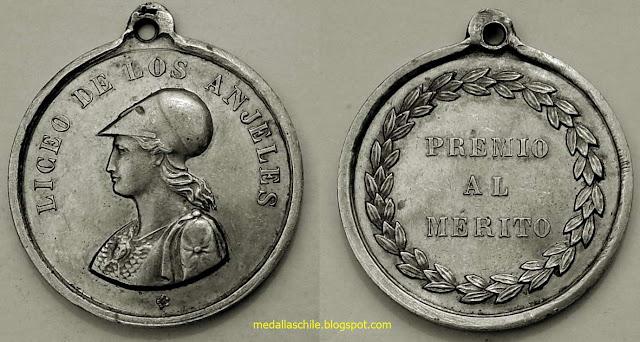 Medalla premio al merito Liceo de Los Angeles