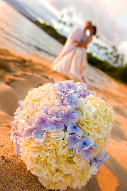 Maui Wedding Planners, Maui wedding bouquets, maui wedding coordinators, maui beach weddings, marry me maui