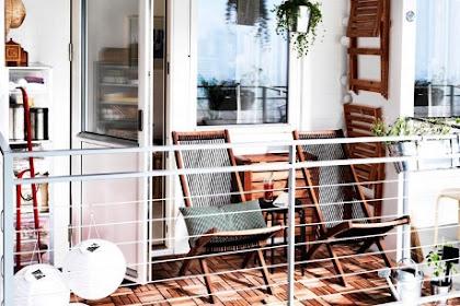 Simple House Balcony Design With A Simple Arrangement