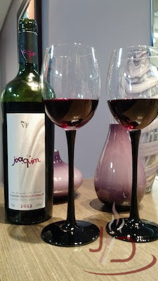 foto vinho joaquim cabernet merlot