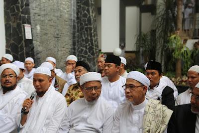 Tak Disadari Aparat, KH M Arifin Ilham Beberkan Potensi Bahaya Jika FPI Dibubarkan