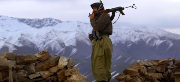 Ξεκινά ο «πόλεμος»! Παραδίδει όπλα στους Κούρδους ο Τραμπ – «ΒΡΑΖΕΙ» από οργή ο Ερντογάν