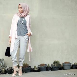 model Gaya Hijabers Casual Jogger Pants trend sekarang