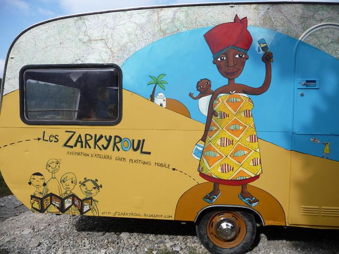 atelier des zarkyroul restauration de la caravane peinture suite et fin. Black Bedroom Furniture Sets. Home Design Ideas
