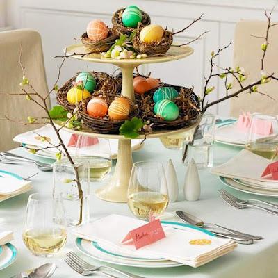dekoracja wielkanocna gniazdo z jajkami