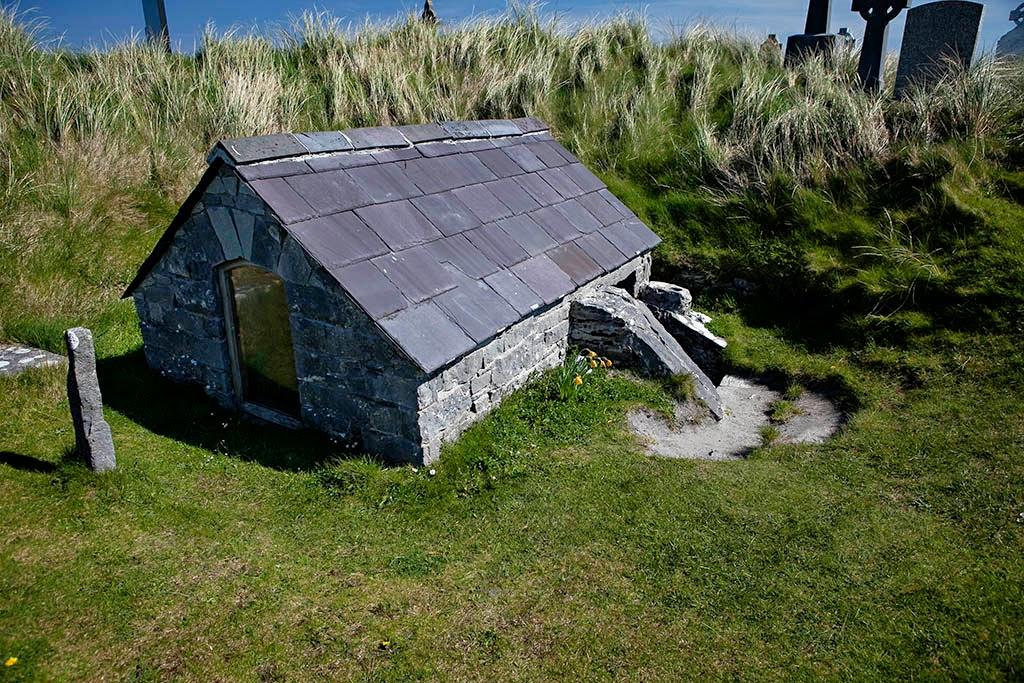 Graveyard Inis Oírr