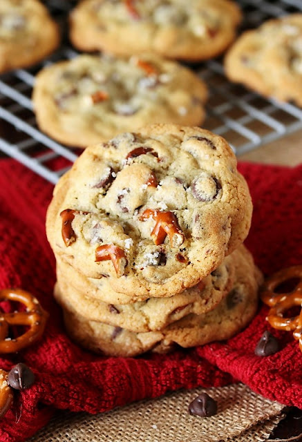 Pretzel Chocolate Chip Cookies Image