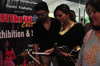 Bollywood Actress Sana Khan Launches Aakrithi Exibition  0284.JPG