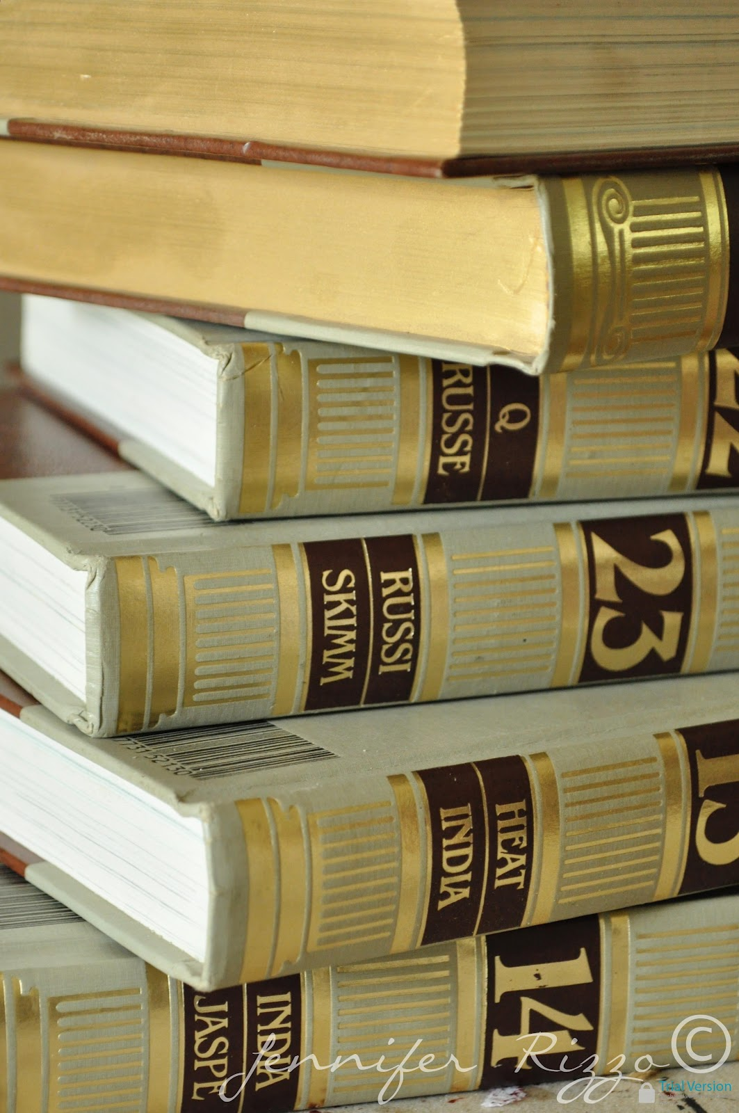 Surprising Repurpose Old Encyclopedias Into Aged Display Books Download Free Architecture Designs Lukepmadebymaigaardcom
