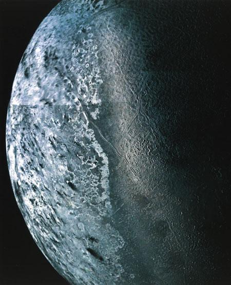 Fue tomada por la gravedad de Neptuno