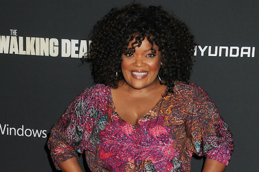 Yvette Nicole Brown to host AMC's The Talking Dead
