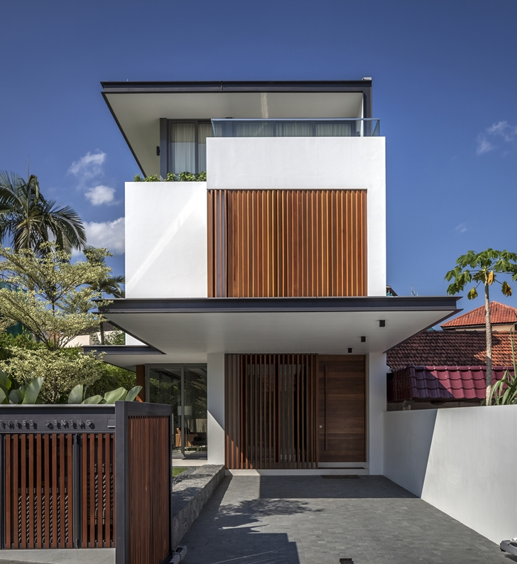 Small Elegant Home Designs: World Of Architecture: Thin But Elegant Modern House By