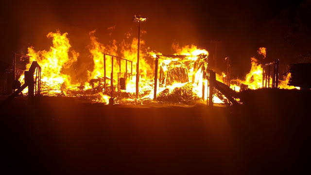 Incêndio destrói fábrica de cabos de madeira em Rolim de Moura