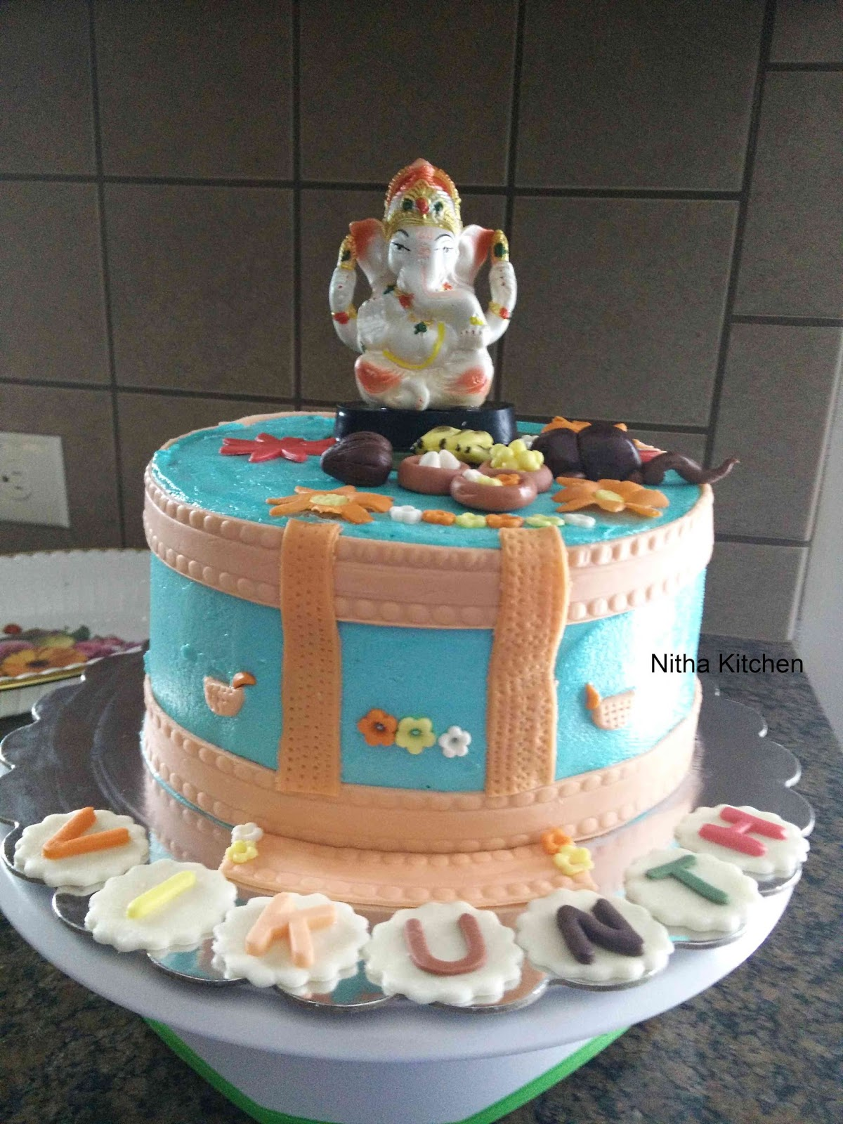 Nitha Kitchen: Ganesh Themed Buttercream Cake with Eggless ...