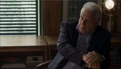 Alberto (Antonio Fagundes) está disposto a colocar o ex-genro para fora da editora de qualquer jeito — Foto: Globo