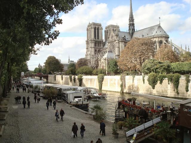 Paris Notre Dame travel trip