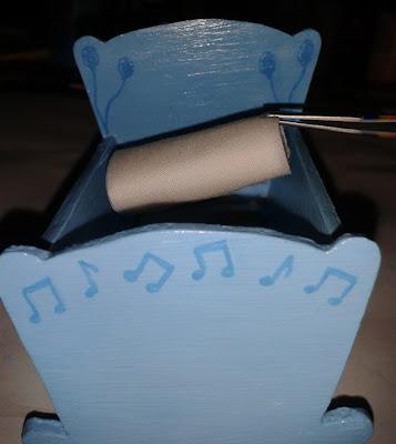 Maqueta personalizada cuna de bebé. Regalo para recién nacido.