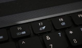 cara mematikan touchpad laptop