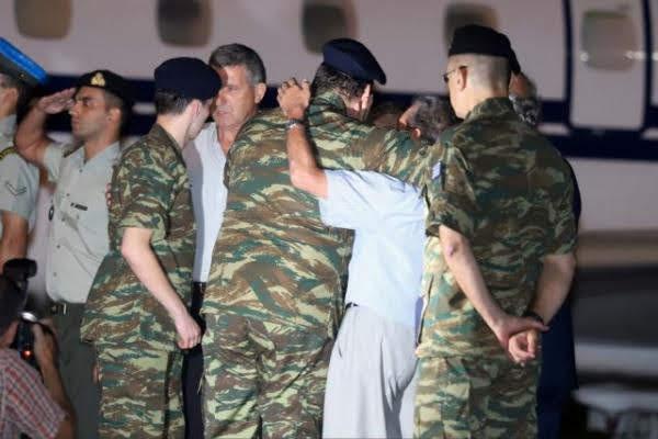 Ο Κουβέλης «αδειάζει» τον Καμμένο για τους δύο Έλληνες στρατιωτικούς - Video