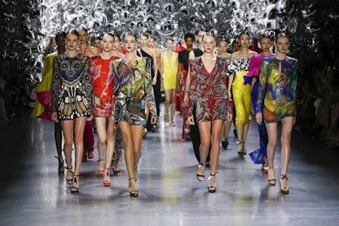 Naeem Khan Opens LA Fashion Week at Petersen