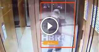خاشقجي يوم دخوله القنصلية السعودية