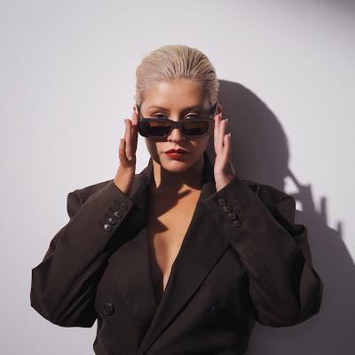Christina Aguilera – Twice
