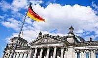 Οι Γερμανοί Πράσινοι ζητούν ελάφρυνση του ελληνικού χρέους - 2,9 δισ. ευρώ κέρδισε η Γερμανία από τόκους ελληνικών ομολόγων