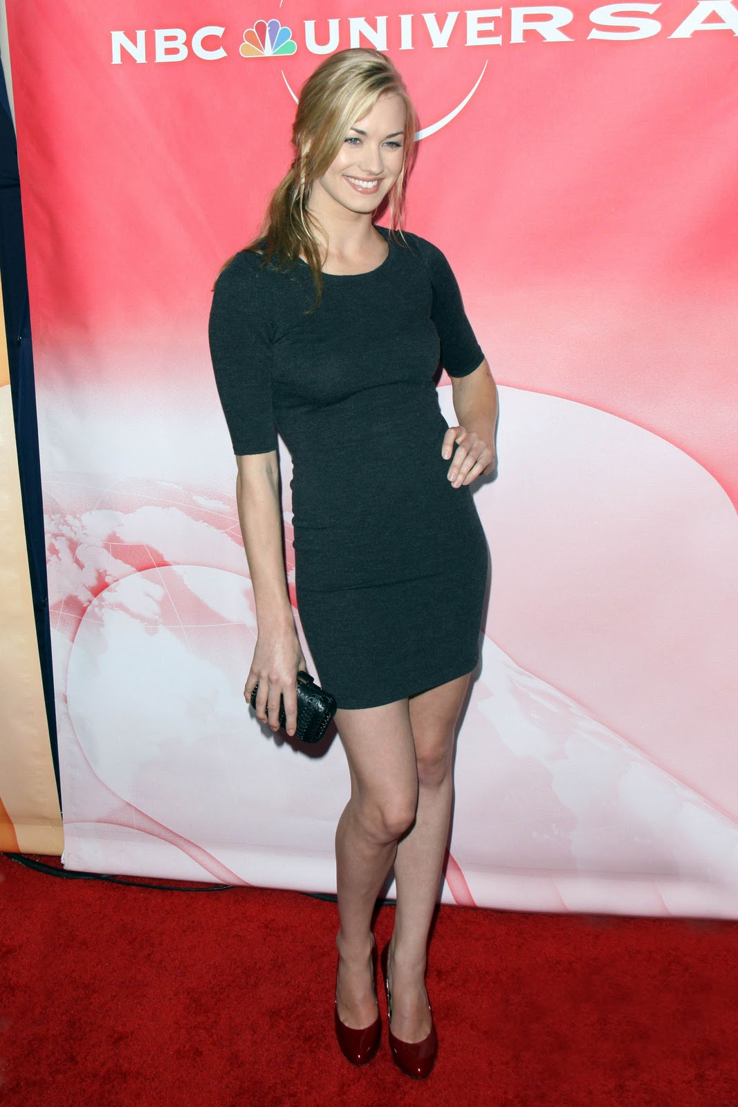 Yvonne Strahovski Pictures Gallery 7 Film Actresses