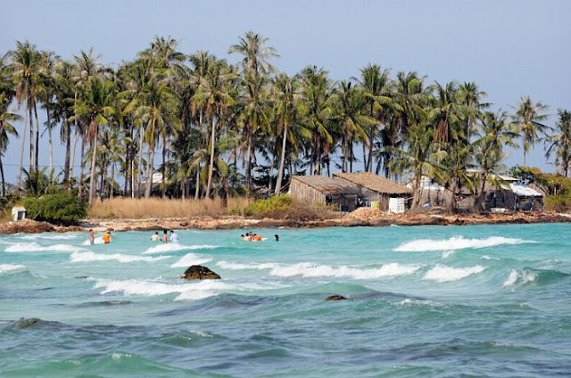 Discover top 5 most beautiful islands in Vietnam
