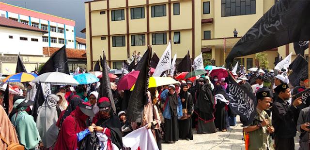 Bendera Tauhid Dibakar, Ormas Islam Geruduk Polres Bogor Kota