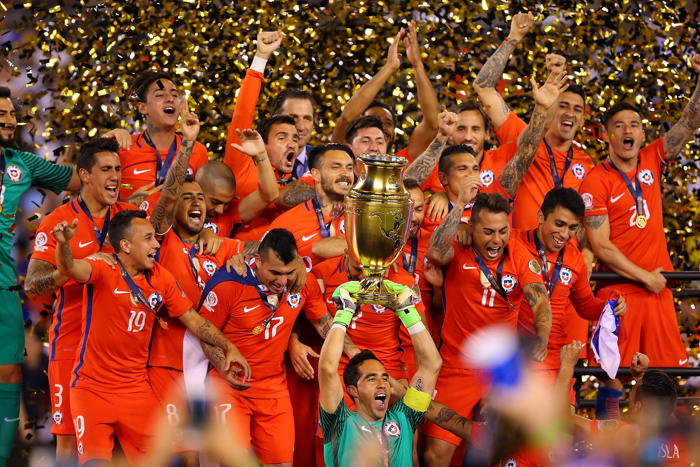 photgraph of winners of Copa America 2016 Chile who is defending team in Copa America 2019