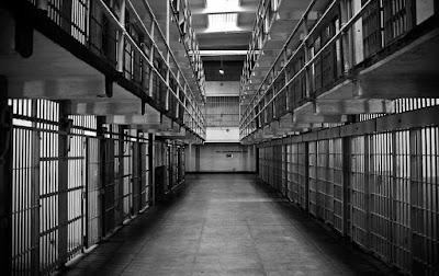 Kekurangan penjahat Penjara di Belanda tutup