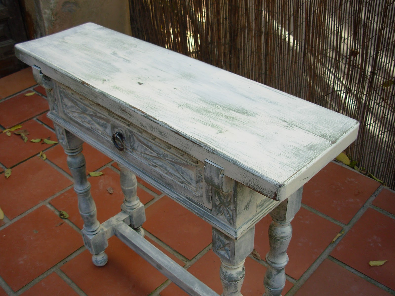 Decoupage transfer y otras t cnicas restauraci n de - Como envejecer un mueble blanco ...