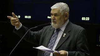 Luiz Couto defende impeachment de Temer após novas denúncias de Joesley