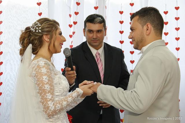 casamento alex e amanda, casamento amanda e alex, casamento de amanda e alex em chácara raio de sol - embu das artes - sp, casamento de alex e amanda em chácara raio de sol - embu das artes - sp, fotografo de casamento em chácara - sp, fotografo de casamento em embu das artes - sp, fotografo de casamento em raio de sol - embu - sp, fotografo de casamento em embu - sp, fotografo de casamento em espaço - sp, fotografo de casamento em são paulo, fotografo de casamento em espaço - são paulo - sp, fotografo de casamento em dia de noiva, fotografo de casamento em são paulo, fotografia de casamento em embu - sp, fotografia de casamento no chácara raio de sol - sp, fotografia de casamento em embu - sp, fotografias de casamento em chácara, fotografias de casamento em raio de sol, fotografia de casamento em são paulo - sp, fotografias de casamentos em são paulo - sp, fotografo de casamentos são paulo, fotografo de casamentos em suzano, fotografia de casamento em claudia bonke, fotografo de casamento em embu das artes, fotografias de casamentos em chácara raio de sol, fotografo de casamentos, fotografo de casamento, sonho de casamento, fotógrafos de casamentos em chácara, fotografo de casamento em são paulo - rossini's imagens, assessoria gisa araujo, gisa araujo assessoria e cerimonial,  dia de noiva, make up, hair stylist, dj decio audio visuais, moments decorações, noiva de branco, vestido da noiva branco, vestido de noiva, noivas, vestido de noiva, decoração, buquê ateliê da festa, doces finos ateliê da festa, locação chácara raio de sol, fotografia rossinis imagens, filmagem rossinis imagens, video rossinis imagens, making of, cerimônia, recepção, festa, foto, casamentos, casamento, casamentos em suzano, casamentos em embu, fotos criativas de casamento, casamento realizado em 21-01-2017, http://www.rossinisimagens.com.br, filmagem casamento em embu - sp, vídeo de casamento em chácara raio de sol, vídeos de casamentos em embu das artes - sp, filmagem de casamentos em embu 
