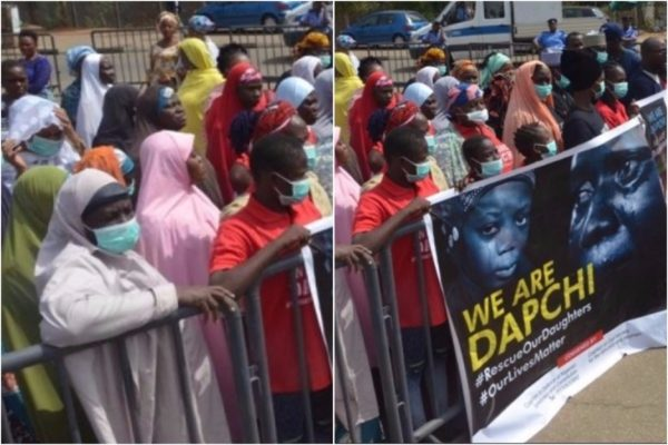Parents-of-abducted-Dapchi-school-girls-protest-in-Abuja-Photos